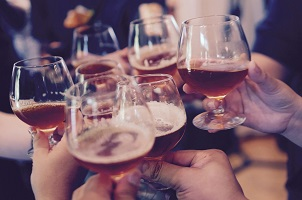 Néé, alcohol en gokken gaan niet samen