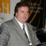 Gary Loveman is CEO van Caesars en pleit voor snelle legalisering van online poker