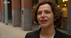 Edith Schippers, minister VWS met een pleidooi voor online gokken