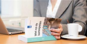 Minister Dekker komt met kamerbrief over nieuwe gokwet